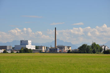 Stephan Stracke appelliert an Nestlé, bei der geplanten Umstrukturierung auf betriebsbedingte Kündigungen möglichst zu verzichten.