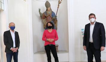 Stephan Stracke sprach mit Dr. Sylvia Heudecker und Dr. Markwart Herzog über das im Frühjahr 2021 geplante 1. Literaturfestival Nordschwaben, für dessen digitale Umsetzung die Schwabenakademie soeben Bundesmittel in Höhe von 20.000 Euro erhalten hat.