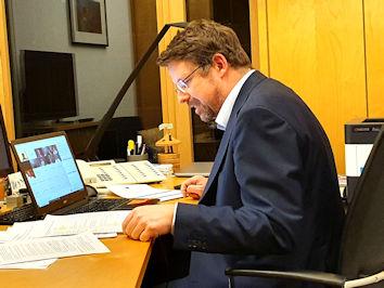 Stephan Stracke hatte zum digitalen wirtschaftspolitischen Austausch eingeladen. Fotos: Abgeordnetenbüro